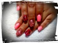 Best Nails - neon pink nyomdával