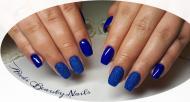 Daniella blue nails