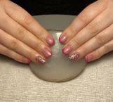 Best Nails - Heninek