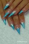 Best Nails -  Kék Stiletto 3D zselés diszítéssel
