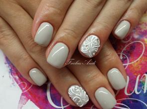 bézs és fehér minta