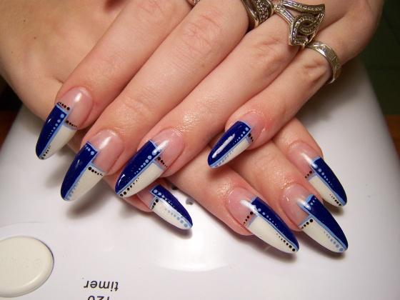 f4ce930a8b Kék-fehér Lillának - műköröm minta, műköröm minták