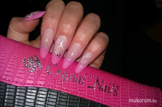Balogh Zsófia - Cystal Nails - 2012-04-01 22:28