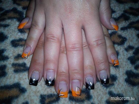 Osvát Olga - narancs fekete - 2012-06-24 12:15
