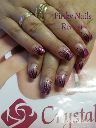 Dobi Renáta Csilla- Pinky Nails -Crystal Nails Elite referencia szalon - Csillis - 2013-01-13 19:43
