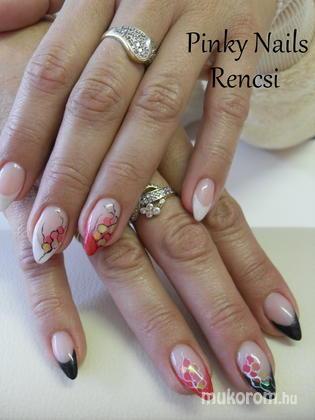 Dobi Renáta Csilla- Pinky Nails -Crystal Nails Elite referencia szalon - Piros fekete - 2013-01-13 20:25