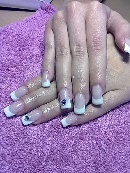 Andincia Nails, - . - 2010-04-11 10:22