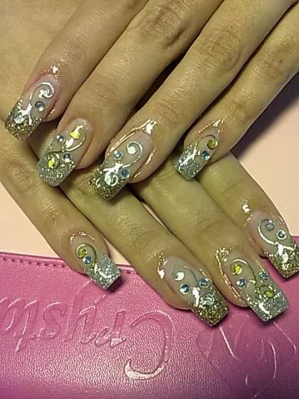 Andincia Nails, - . - 2010-04-24 21:33