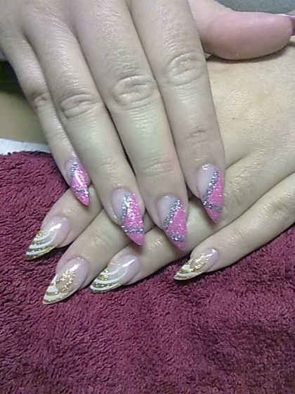 Andincia Nails, - . - 2010-11-02 19:28