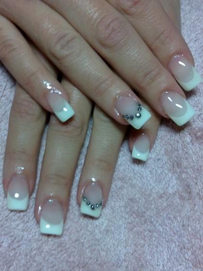 Andincia Nails, - . - 2010-12-08 15:09