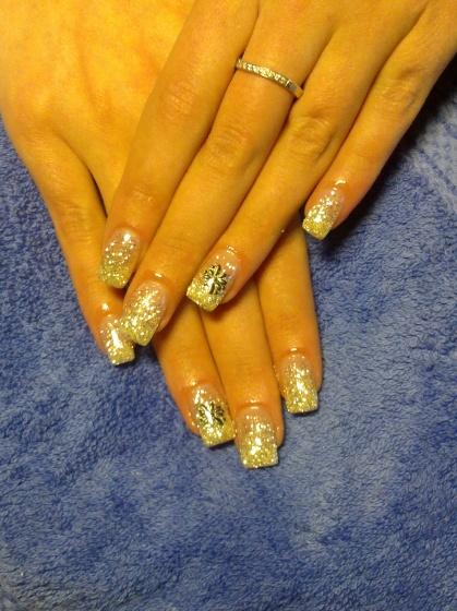 Andincia Nails, - . - 2011-01-01 18:41