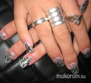 Díva Nails - Műköröm Miskolc - nonfiguratív - 2011-01-11 13:32