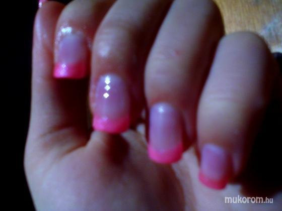 Baráth Elvíra - Pink - 2011-01-11 20:33