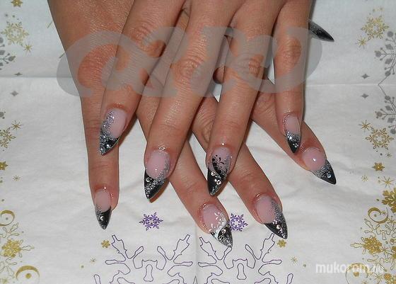 Gerőcs Gabriella  - Viki kékes ezüst.... - 2011-01-18 13:17