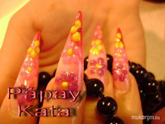 """Komm Kata (Kata Nails Stúdió)""""Crystal Nails Referenciaszalon"""" - régebbi munkák - 2011-01-22 11:50"""