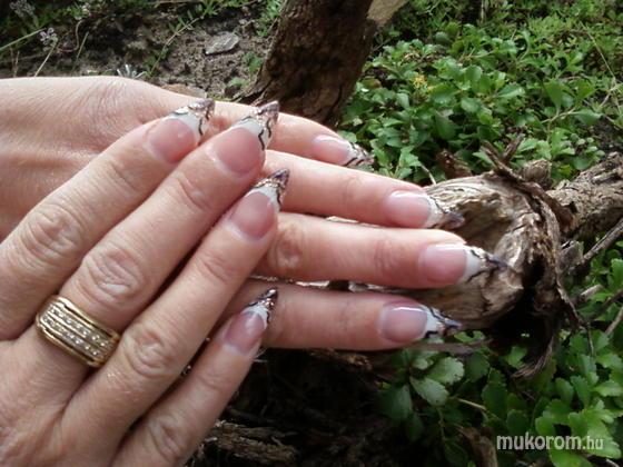 R. ERIKA - Ezt imádom - 2011-01-25 09:25