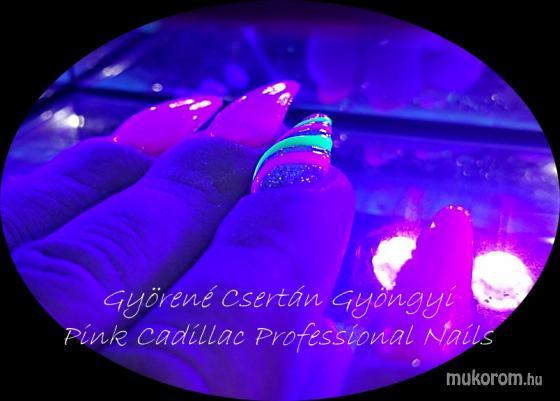 Pink nails - Zselés műköröm képek