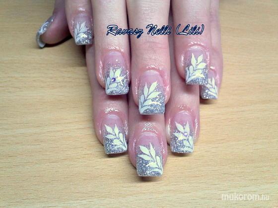 Lili Nails Nottingham - akrillal díszített - 2011-02-16 14:11