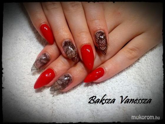 Baksza Vanessza - vörös démon csipke mintával - 2017-09-03 11:30