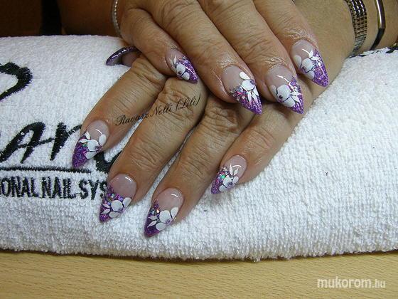 Lili Nails Nottingham - akrillal díszített - 2011-02-16 20:16
