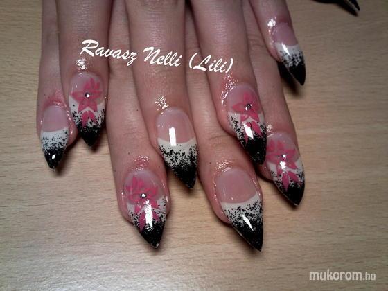 Lili Nails Nottingham - akrillal díszített - 2011-02-16 20:24