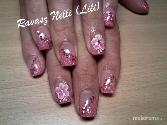 Lili Nails Nottingham - egymozdulat díszítés - 2011-02-16 20:26