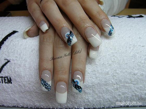 Lili Nails Nottingham - holomixes - 2011-02-16 20:35