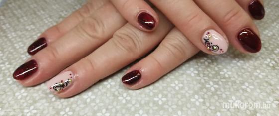 Barbi's körmök Kecskemét műköröm - Bordó örök divat  - 2018-02-13 17:54