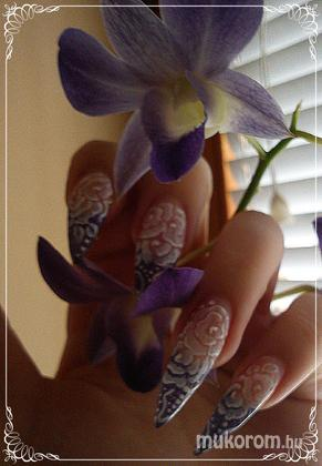 Vinczek Anett - mega white virágos - 2011-02-26 15:37