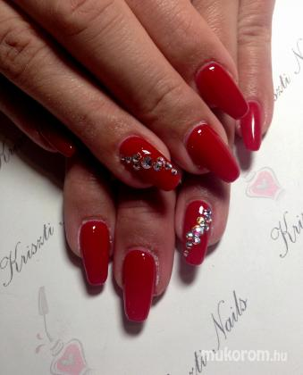 Krisszty nails - Piros tavasz swarovski - 2018-03-13 10:53