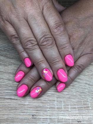 Szigligeti Ivett - Pink flitter - 2018-05-22 09:36