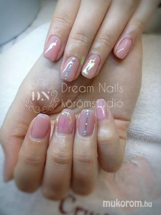 Dream Nails Körömstúdió - Nude üveg - 2018-07-11 00:27