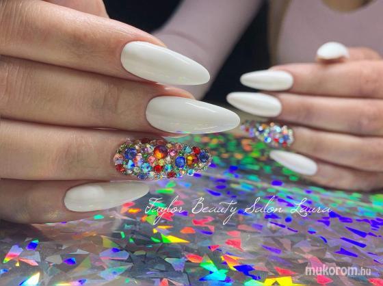 Taylor Beauty Salon Takács Rita - Laura munkája  - 2019-03-31 08:19