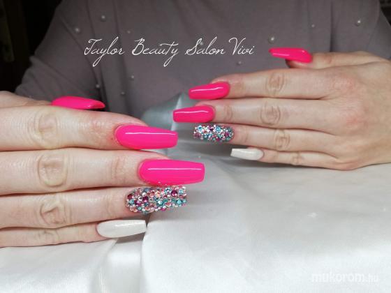 Taylor Beauty Salon Takács Rita - Vivi munkája  - 2019-04-15 07:06