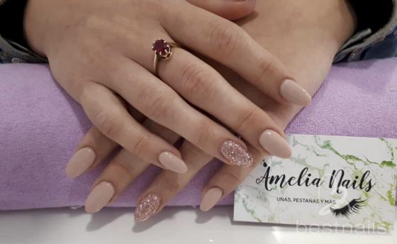 AmeliaNails - Nude con brilli brilli - 2019-06-06 12:23