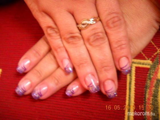 Heni nails - Saját - 2011-03-28 19:48