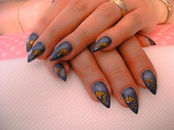 Györené Csertán Gyöngyi - Pink Cadillac Professional Nails Körömszalon - Györené Csertán Gyönygi - 2009-07-20 13:39
