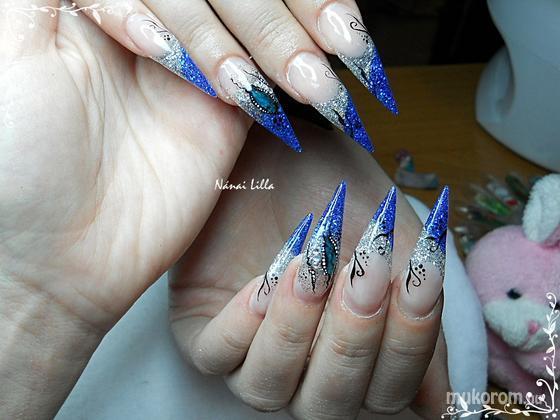 Nánai Lilla - Stiletto csillámmal - 2011-04-02 17:49