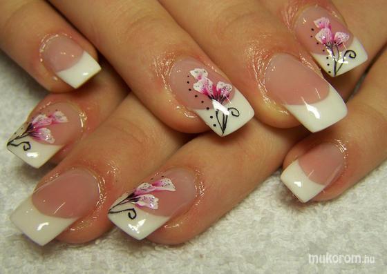 Lippert-Hlinka Zsu - akril virágos - 2011-04-15 19:29