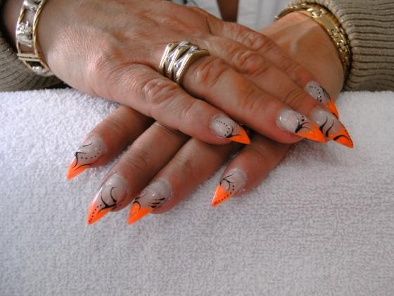 Györené Csertán Gyöngyi - Pink Cadillac Professional Nails Körömszalon - Györené Csertán Gyönygi - 2009-07-20 14:05