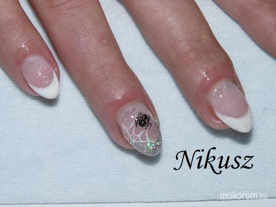 Perkovics Nikolett (Nikusz) - Pókos - 2011-04-17 11:42