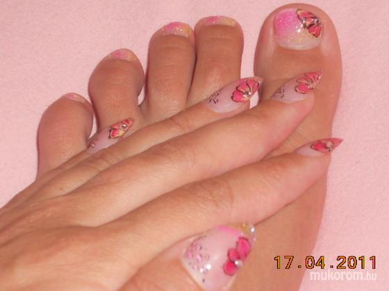 Sárközi Mária Zizi - Kéz és láb szett - 2011-04-17 19:41
