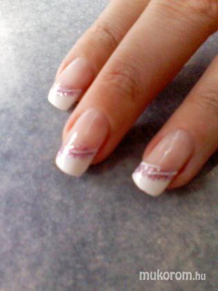 molnár marietta - fehér zselés - 2011-04-24 16:21