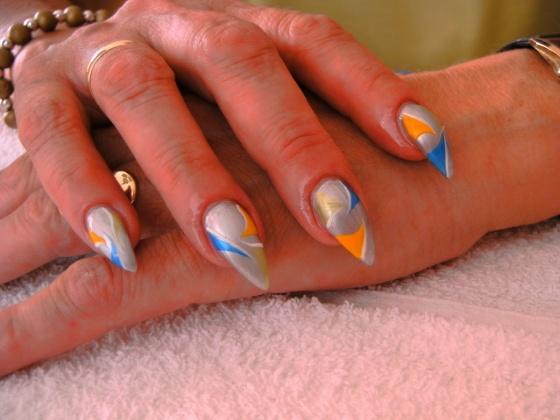 Györené Csertán Gyöngyi - Pink Cadillac Professional Nails Körömszalon - Györené Csertán Gyönygi - 2009-07-20 14:15