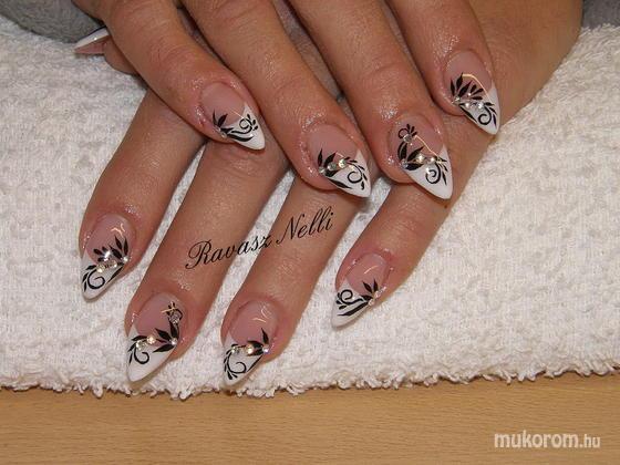 Lili Nails Nottingham - akrillal díszített - 2011-05-06 17:19