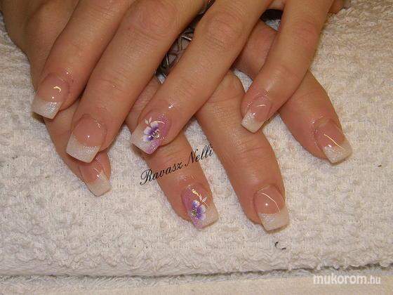 Lili Nails Nottingham - egymozdulat díszítés - 2011-05-12 20:23