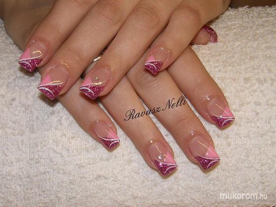 Lili Nails Nottingham - zselével díszített - 2011-05-17 19:09