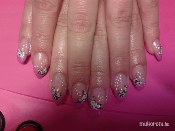 Heni nails - Erikának - 2011-05-17 21:50