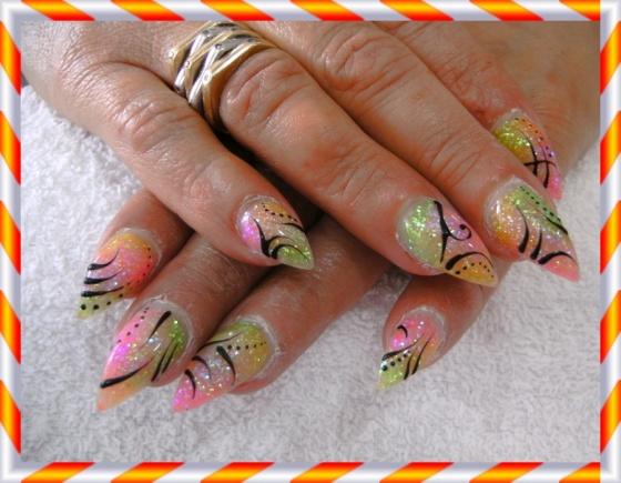 Györené Csertán Gyöngyi - Pink Cadillac Professional Nails Körömszalon - Györené Csertán Gyönygi - 2009-07-20 14:40