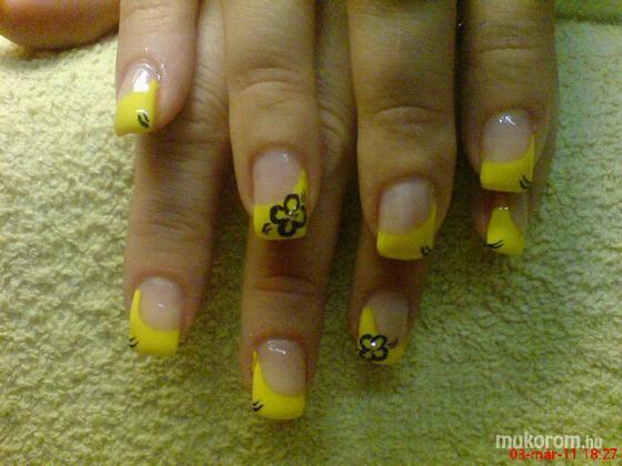 Jablonkay Mária - nagyon sárga - 2011-06-02 15:11